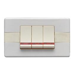Interruptor Blanco Triple con Luz Argento Lumicino