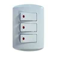 Material Eléctrico / Interruptor Triple Con Luz Piloto