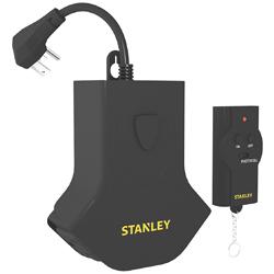 Regleta con  Control Remoto 3 Servicios Stanley